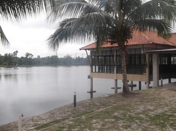 Inderapura Lake Resort, Pekan