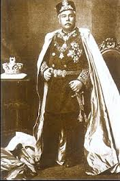 Sultan Sir Abu Bakar ibni AlMarhum Temenggong Daing Ibrahim (1833-1895) (source : wikipedia.org)