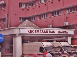 Emergency and Trauma at Hospital Sultanah Aminah (@ all rights reserved)