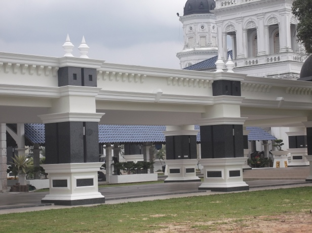 Resting Area - Sultan Abu Bakar State Mosque