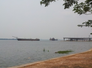 Barges carrying sand for reclaimation works. (@ all rights reserved)