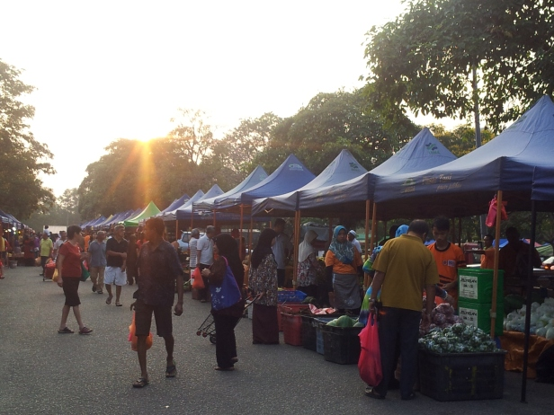 Pasar Tani (morning)