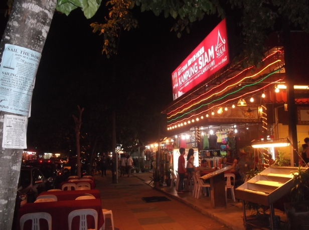 Jalan Pantai Cenang - Eating Out