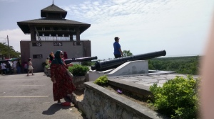 With a position atop Bukit Malawati, the royal residence is well protected. (@ all rights reserved)