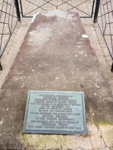 Maida Island - Memorative Plaque