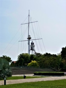 The second oldest lighthouse and the only lighthouse designed as a ship's mast. (photo credit : Shah Said ; @ all rights reserved)