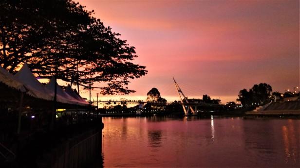 Dusk At The Kuching Waterfronnt (2)